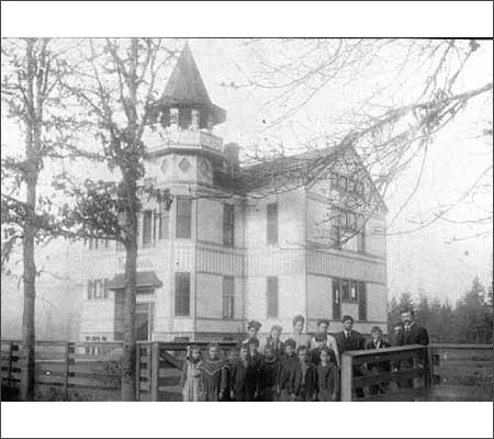 Butteville School, circa 1908 [Photo courtesy Oregon Historical Photo Collection, Salem Public Library]
